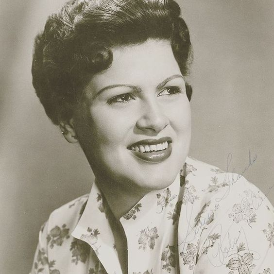 Today would have been #PatsyCline's 83rd birthday. Are you a fan of her classic country music? Make sure you check out Sweet Dreams & Honky Tonks playing at the #FiveFlagsTheater Sunday Sepember 13th at 2:00p! #Dubuque #Platteville #CedarRapids #Galena #Iowa #IowaCity #waterloo #classiccountry #happybirthdaypatsycline