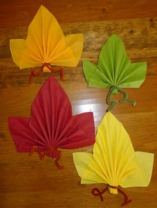 Tables origami and decor on pinterest - Origami serviette de table ...