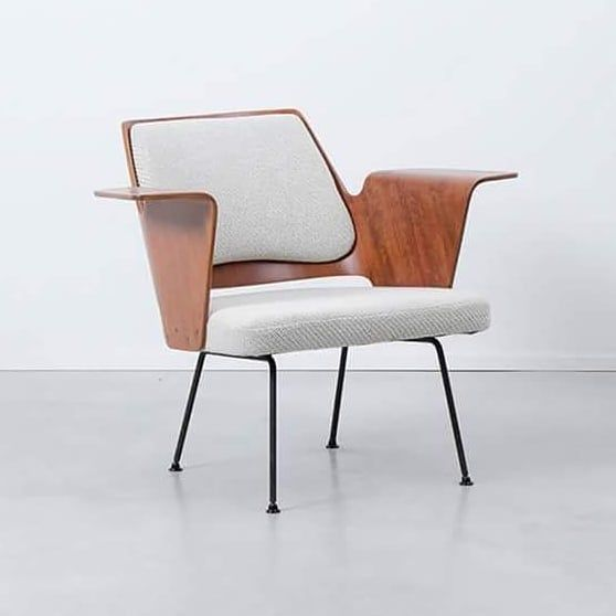 Inspirational Tuesday Royal Festival Hall Lounge Chair By Robin Day Robin Day Was A Pioneer British Furniture And Industrial Designer He Designed The Royal F