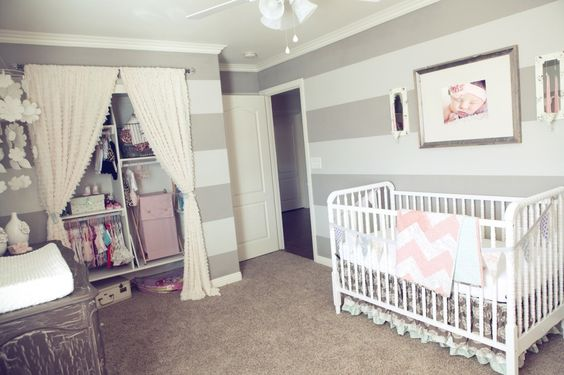 Adore the frilly details of this #babygirl #nursery - especially the ruffled curtains to the closet!