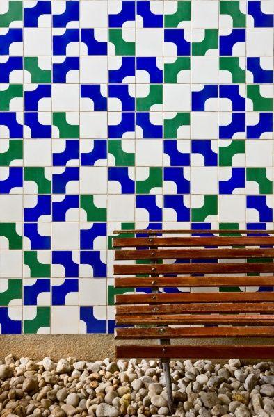 Athos Bulcão - Painel de azulejos, Caixa Econômica Federal de Natal, 1976. Foto: Edgar César Filho:
