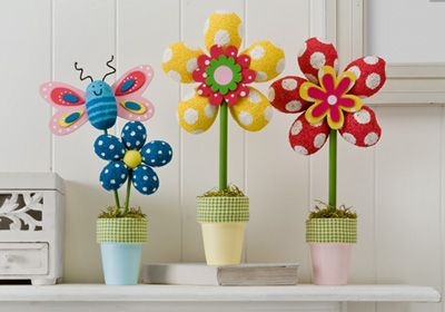 Styrofoam Flowers and Butterfly created by Kindra Boroff. A pretty and easy to make bouquet of flowers and spring critters. This project was made with apple barrel paints. #plaidcrafts #crafts