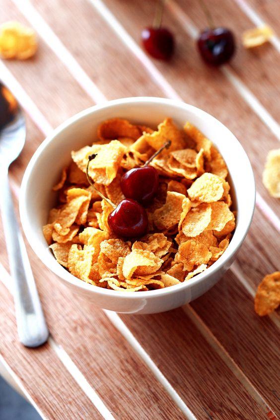 Breakfast (9:00 a.m. - 10:00 a.m.)
