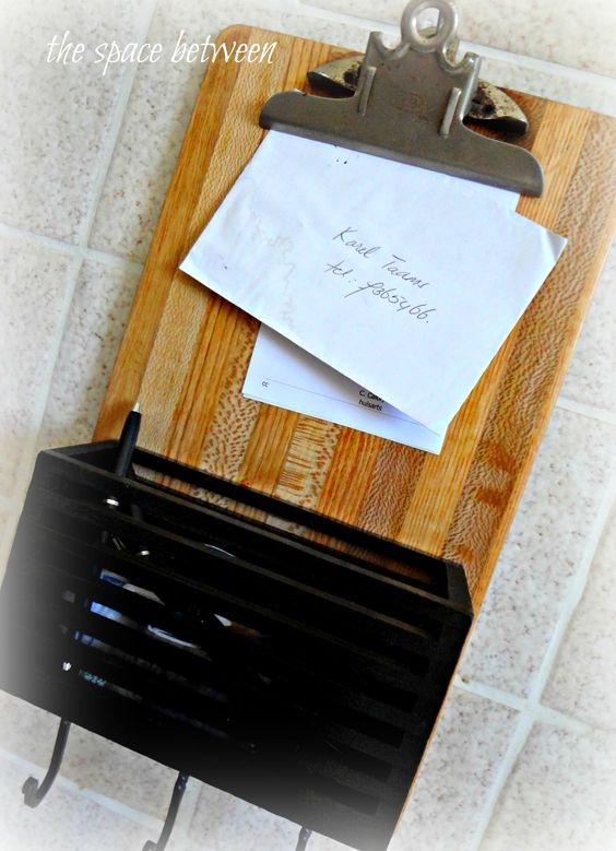 clipboard for incoming + outgoing mail.