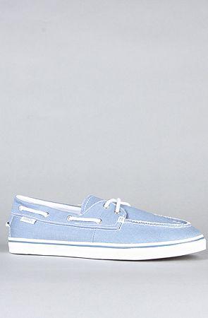 The Zapato Lo Pro Sneaker in Captains Blue by Vans Footwear