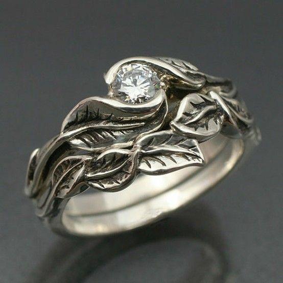 Pretty ring. via etsy.com