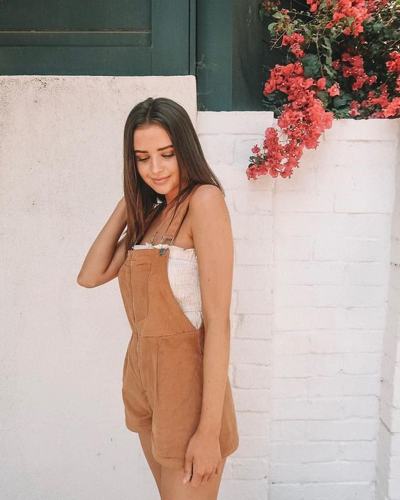 Firm believer that everyone needs to own a pair of overalls. These taupe / camel overalls are paired with a ruched tube top. Cute and comfy outfit for summer or spring. A great option for a vacation day.