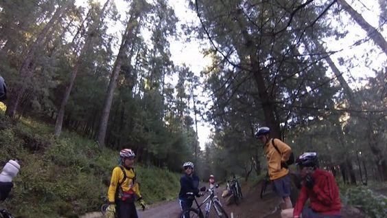 Mexico's People for Bikes Ride - Desierto de los Leones, Mexico, DF. Buena compañia, fantastica rodada!