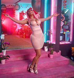 #NickiMinaj Rocks Signature #Barbie #Pink #PinkWig #TheNightIsStillYoung #PinkPrint #ThePinkPrint