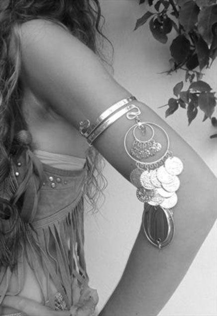Amazing bohemian arm cuff