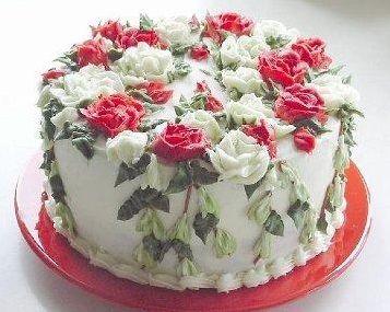 I fiori, per questo compleanno, sono decorati sulla torta!