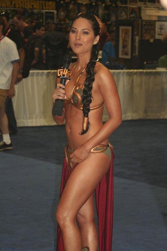 Olivia Munn Leia Bikini
