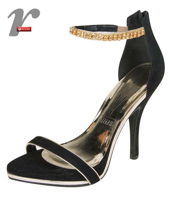 Sandália linda em preto com dourado!