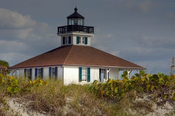 Boca Grande Light by John Kapusta on 500px