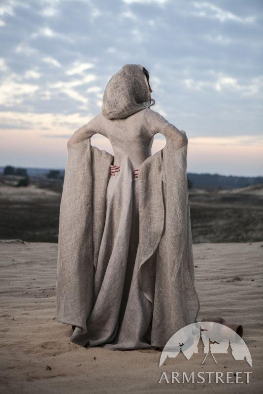 Exklusives Mittelalter Kleid in fixierten Größen gefertigt. Dank Sackleinen als der Hauptstoff  sieht das Kleid hauchdünn aus. Ein echter Hingucker mit einer länglichen Silhouette und hohen Gürtellinie!