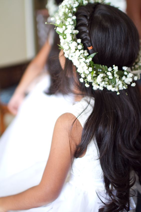 Flower Girl's crown of Baby's Breath, designed by Passion Roots, Hawaii Wedding Florist. www.passionroots.com