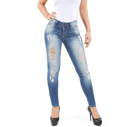Resultado de imagem para imagens de calças jeans femininas rasgadas