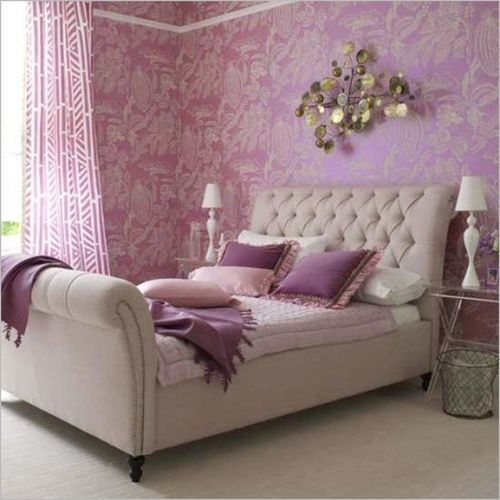 2014 color of the year, radiant orchid! Image from Carla Aston. #laylagrayce #pantone #radiantorchid #bedroom