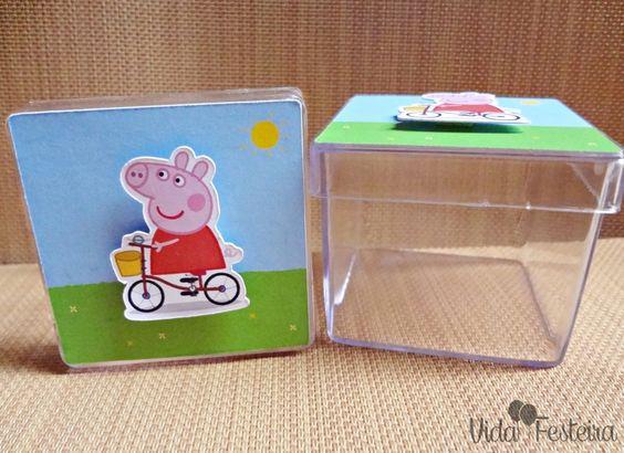 Caixinha para doces ou lembrancinha Peppa Pig. Encomende pelo contato@vidafesteira.com.br