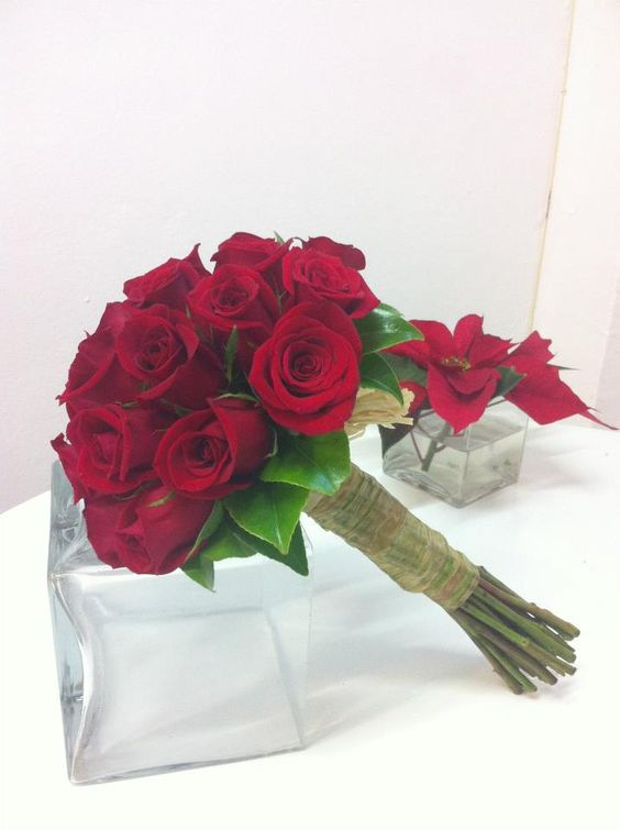 Bouquet de rosas rojas. Flores para #bodas en San Valentín #SanValentin