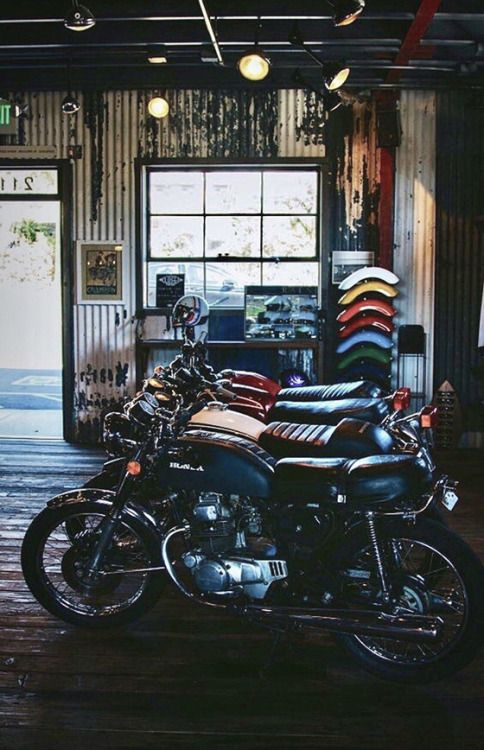 Caferacer Motorcycle Scrambler Motorcycles In 2020 Motorcycle Workshop Vintage Honda Motorcycles Motorcycle Shop