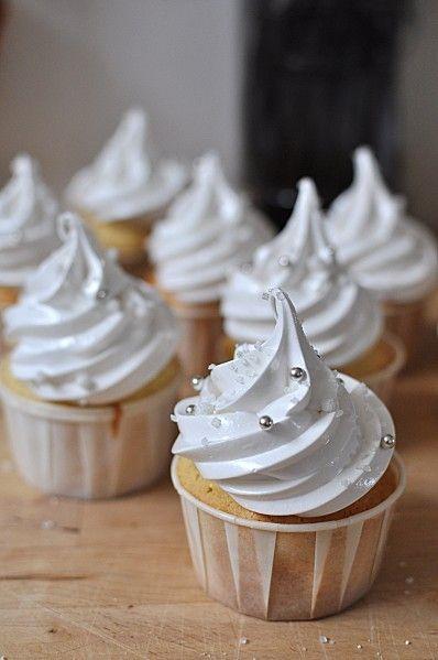 Cupcakes Vanillés de Noël, Mariage ... Communion ... je m'égare !