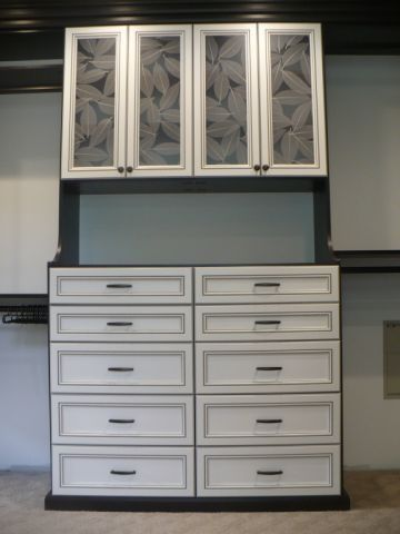 Dressing room finished in venetian wenge california closet projects pinterest dressing - Dressing wenge ...