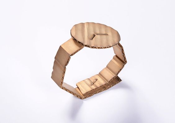 David Bielander. Bracelet: Cardboard, 2015. Patinated silver, white gold. Photo by: Dirk Eisel. - selected for Mari Funaki award 2016: