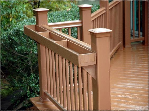 build a deck railing planter box : Deck Ideas