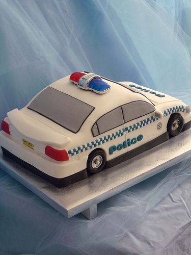 police car cakes pictures | Police car back