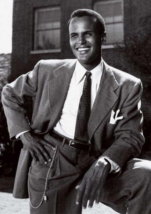 Photos: From Grace Kelly to Audrey Hepburn, the All-Time Icons of Style | Vanity Fair HARRY BELAFONTE Photographed by John Swope, 1953.
