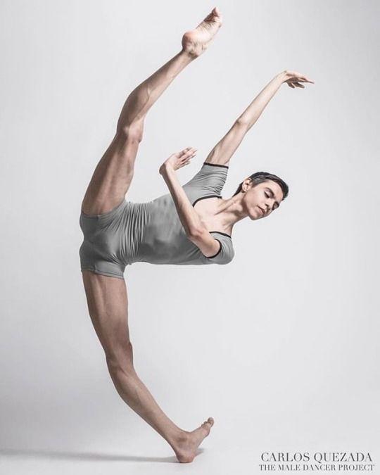His flexibility is ridiculous!   Male ballet dancers, Dance photography  poses, Ballet dancers