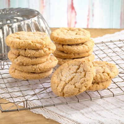Peanut Butter Cookies – Magnolia Bakery Online Store