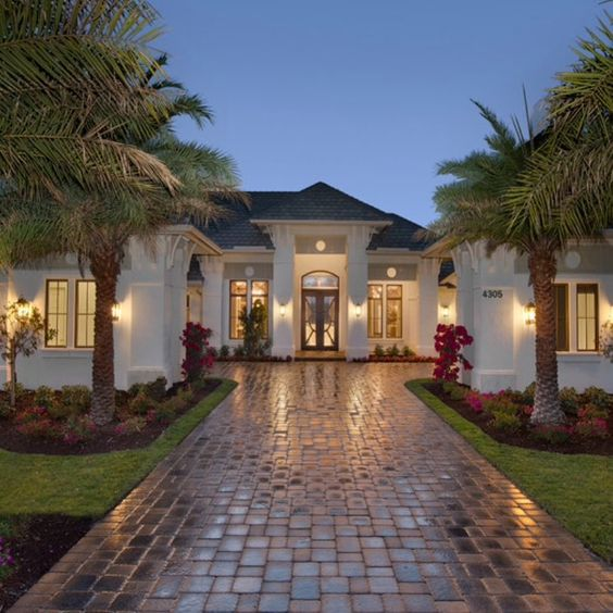 • #housesandmore || dream home anyone? • #mansion #luxury #home #house #beachhouse #interiordesign # •