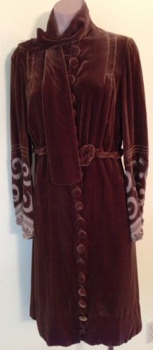 Vintage DRESS 1920's BROWN VELVET FLAPPER Gatsby ERA Hand BEADED Size M