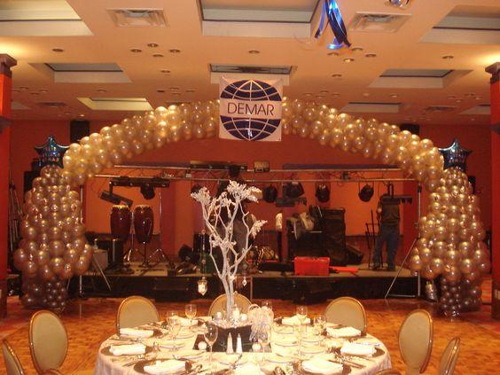 Decoracion Aniversario Empresa ~ Arco gigante con 2 ?rboles de navidad de 2 5m en blanco perla y plata