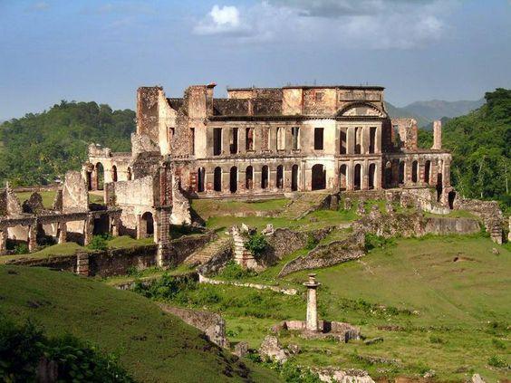 Le palais Sans-Souci à Milot, Haiti. Le coin de l'histoire - Henri Christophe : de l'esclavage à la royauté