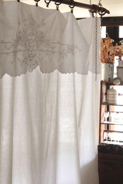 アンティークコットンシーツ 蝶と花 カットワーク 刺繍 イギリス 20200522 antiques truffle 京都 鹿ケ谷 インテリア シーツ アンティーク