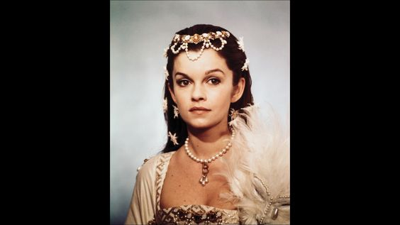 """Genevieve Bujold, """"Anne of a Thousand Days"""", movie, 1969."""