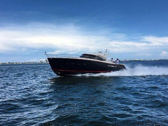 Yeni Chris Craft 42 Commander || #chriscraft42commender #chriscraft42 #commander #motoryat #motorboat #motoryacht #tekne #deniz #sea #boat #boatlife #yachtlife #yachting #boating #yat #yacht #sealife #süperyat #superyacht #luxury #yachtworld #yatvitrini .. http://www.yatvitrini.com/yeni-chris-craft-42-commander?pageID=128