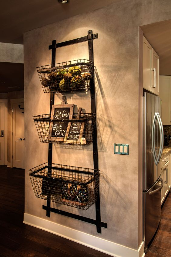 Vintage Industrial Chic fruit and veggies baskets!!! Papa has those baskets! This would be so easy: