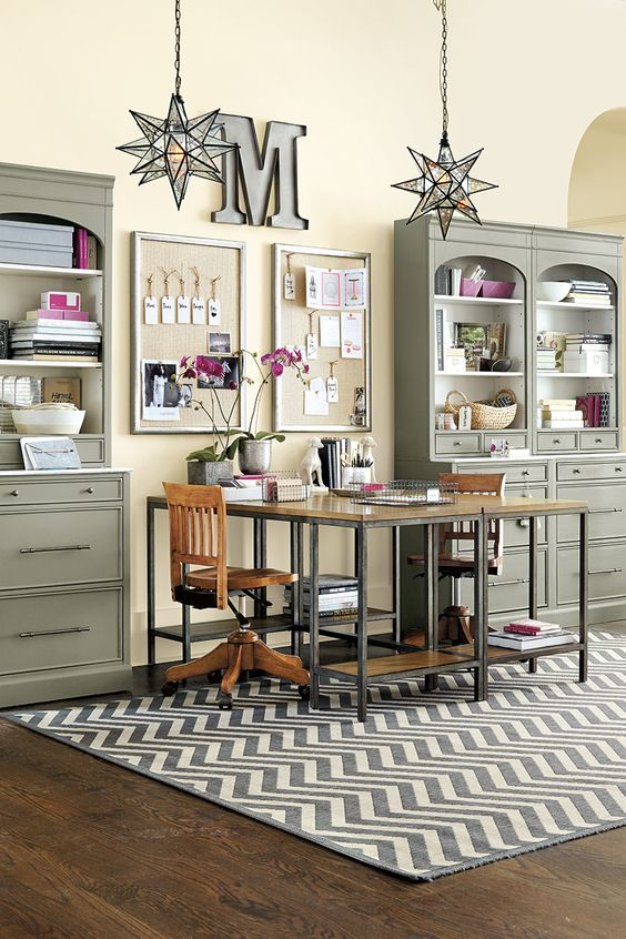 Displaying Items In Unconventional Ways How To Decorate Book Storage And Cabinets