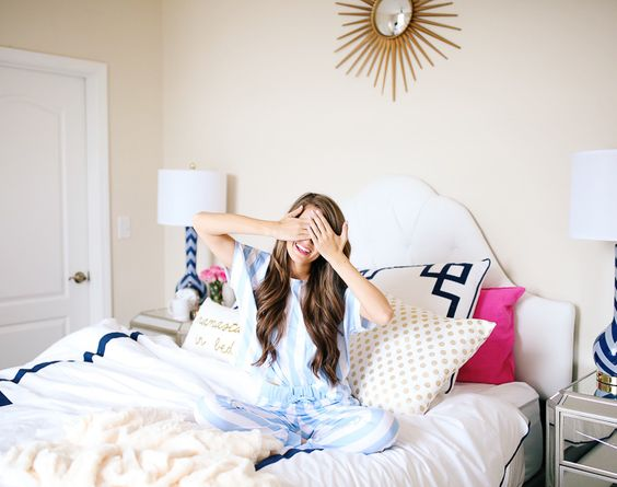 Southern Curls & Pearls: How to Become a Morning Person