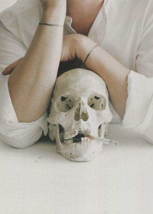 efedra:    Alexander McQueen by Tim Walker