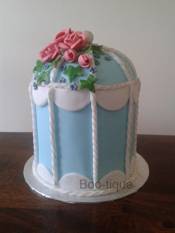 Vintage Bird Cage Cake https://www.facebook.com/pages/Boo-tique/298142850266464