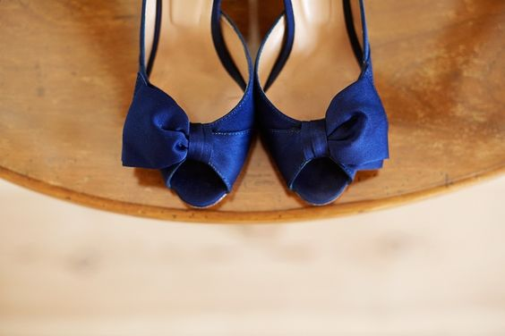 Marry in stylish blue shoes