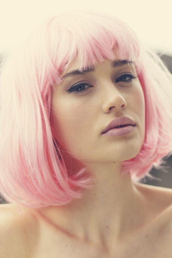 Pink hair and lips   cute cat eye liner @ElephantiApp - Revolutionizing Retail www.elephanti.com