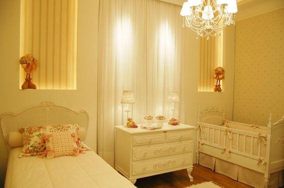 Ana Claudia Villas Bôas idealizou este quarto de bebê para uma menina.