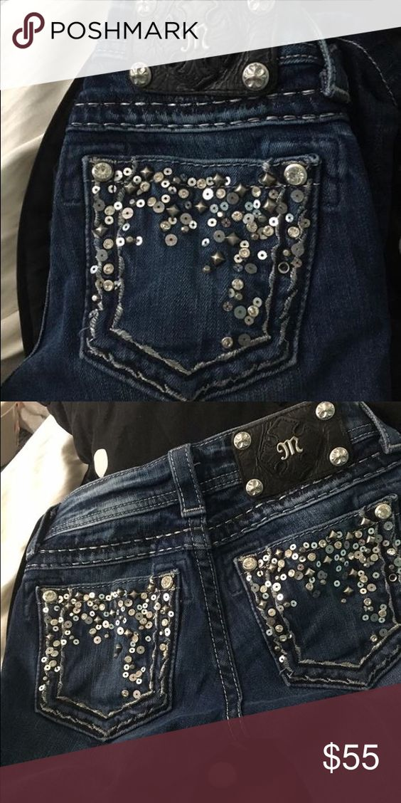 Miss Me Capris Size 23 Excellent Condition! Work about 4 times. Only selling because they no longer fit me. Super cute and in GREAT condition! Paid $100+ Miss Me Jeans Ankle & Cropped