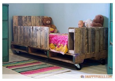 Child's Bed with sides made of Wooden Pallet